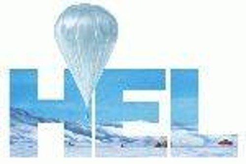 Usługa napełnienia dużego balona helem.