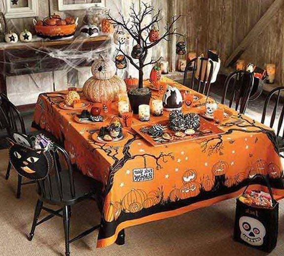 Stół dekoracyjny Halloween